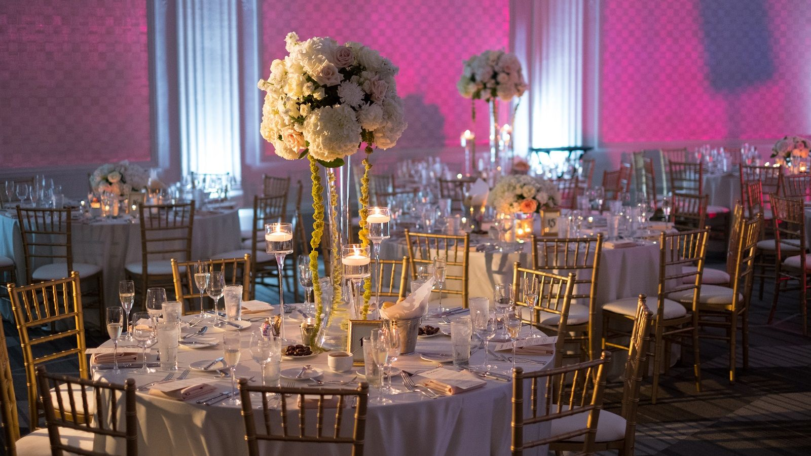 W Chicago- City Center venues, real-weddings, general, destination-weddings-honeymoons  Wedding Trends, Wedding Tips, Tat's Tips, Advice, #weddingsalon  W Chicago Wedding   W Chicago- City Center